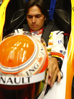 Nelson A. Piquet, Renault F1 Team, in the new R29