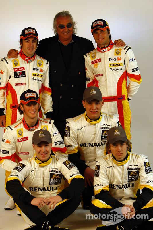 Fernando Alonso; Flavio Briatore; Nelson A. Piquet; Charles Pic; Marco Sorensen; und Davide Valsecch