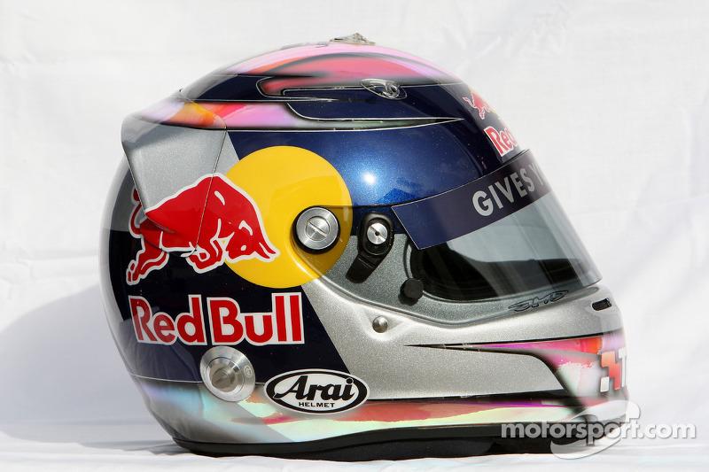 11. 2009: Презентація, Гран Прі Австралії, Китаю (П1-К), Великої Британії (П3)