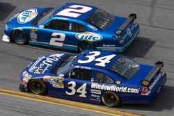 Kurt Busch, Penske Racing Dodge, John Andretti, Earnhardt Ganassi Racing Chevrolet
