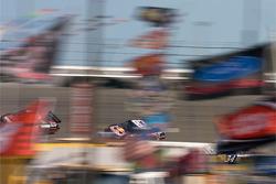 Mike Skinner, R3 Motorsports Chevrolet, Brian Vickers, Red Bull Racing Team Toyota, John Andretti, Earnhardt Ganassi Racing Chevrolet