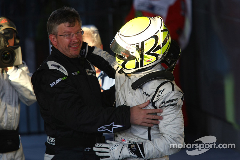 1. Jenson Button, Brawn GP, mit Ross Brawn Brawn GP, Teamchef