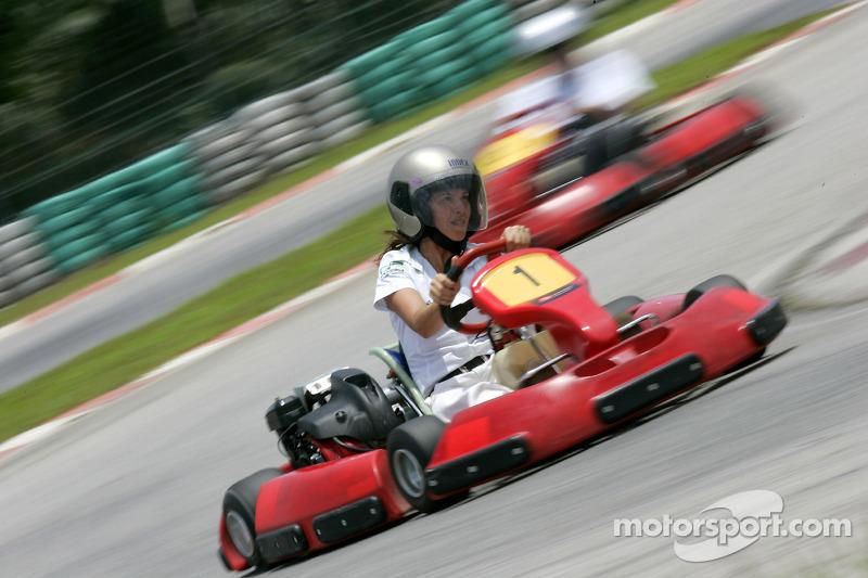 F1 Fun Kart Challenge: Rosana Sorci, GP2 Series