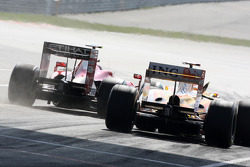 Kimi Raikkonen, Scuderia Ferrari and Fernando Alonso, Renault F1 Team