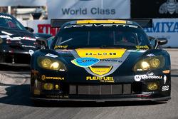 #4 Corvette Racing Chevrolet Corvette C6-R: Olivier Beretta, Oliver Gavin