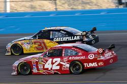 Jeff Burton, Richard Childress Racing Chevrolet, Juan Pablo Montoya, Earnhardt Ganassi Racing Chevrolet