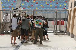 Photographers in the queue