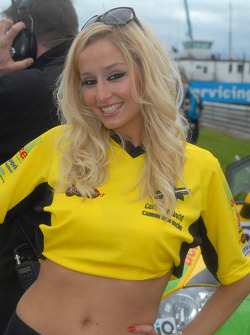Samantha Louise Andre grid girl to Adam Jones