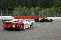 #23 Strakka Racing Ginetta - Zytek: Peter Hardman, Nick Leventis, Danny Watts; #91 FBR Ferrari F430 GT: Gabrio Rosa, Andrea Montermini, Giacomo Petrobelli