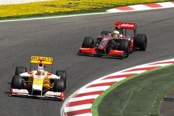 Fernando Alonso, Renault F1 Team, Lewis Hamilton, McLaren Mercedes