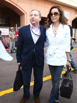 Jean Todt, Director General de Ferrari Scuderia y Michelle Yeoh esposa de Jean Tod, boxeador Sturmt