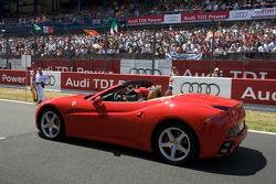 Jean Alesi drives Luca di Montezemelo, starter of the race