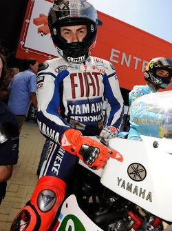 Jorge Lorenzo, Fiat Yamaha Team on Jarno Saarinen's 1970s MotoGP bike