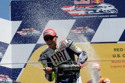 Podium: second place Valentino Rossi, Fiat Yamaha Team
