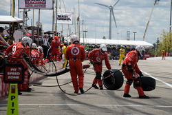 Target Chip Ganassi Racing after a pit stop