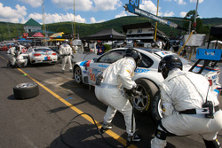 Pit stop for #90 BMW Rahal Letterman Racing Team BMW E92 M3: Bill Auberlen, Joey Hand