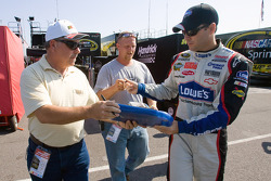 Jimmie Johnson, Hendrick Motorsports Chevrolet, signs autographs
