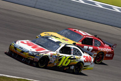 Greg Biffle, Roush Fenway Racing Ford, Sam Hornish Jr., Penske Racing Dodge