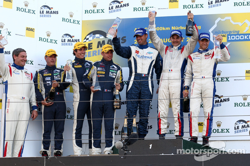 LMGT1 podium: class winners Roland Berville, Sébastien Dumez and Laurent Groppi, second place Julien Jousse, Patrice Goueslard, Yann Clairay
