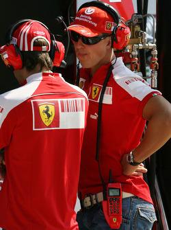 Luca Badoer, et Michael Schumacher, Scuderia Ferrari