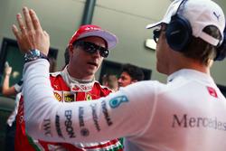 Кими Райкконен, Ferrari и Нико Росберг, Mercedes AMG F1 Team