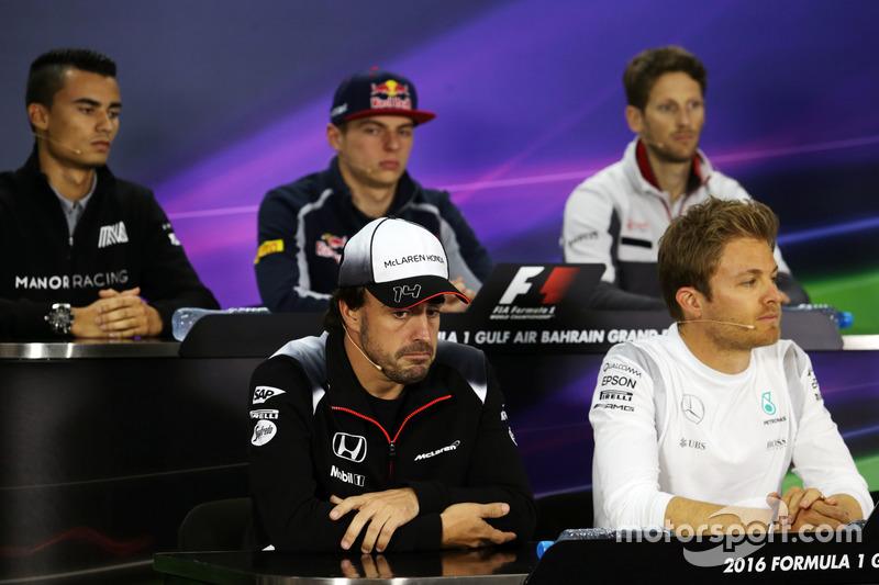Fernando Alonso, McLaren en la Conferencia de prensa FIA