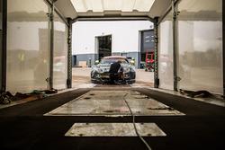 Машина Aston Martin V8 Vantage GTE Challenger