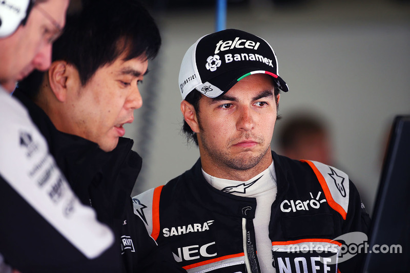 Sergio Pérez, Sahara Force India F1 con Jun Matsuzaki, Sahara Force India F1 equipo neumático Senior Ingeniero