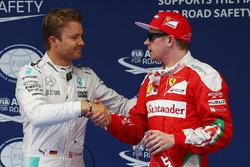 Polezitter Nico Rosberg, Mercedes AMG F1 Team, derde Kimi Raikkonen, Ferrari