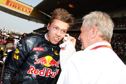 Daniil Kvyat, Red Bull Racing con Dr Helmut Marko, Red Bull Motorsport