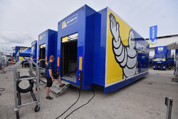 Michelin in de paddock