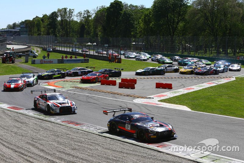 File in Monza