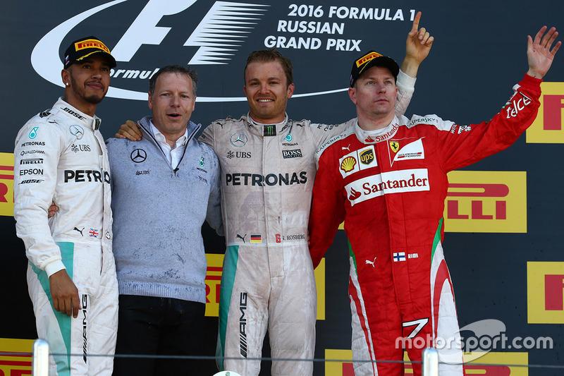 Podio: ganador Nico Rosberg, Mercedes AMG F1 Team, segundo lugar Lewis Hamilton, Mercedes AMG F1 Team, tercer lugar Kimi Raikkonen, Ferrari