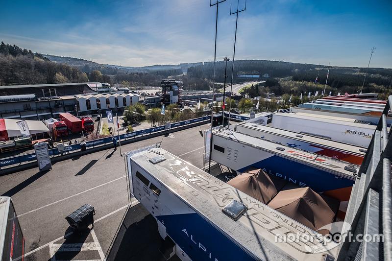 Vista del paddock de Spa