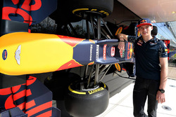Max Verstappen, Red Bull Racing visite l'usine