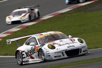 #33 Excellence Porsche Team KTR Porsche 911 GT3-R: Naoya Yamano, Jörg Bergmeister