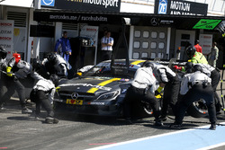 Arrêt aux stands de Paul Di Resta, Mercedes-AMG Team HWA, Mercedes-AMG C63 DTM