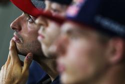 Carlos Sainz Jr., Scuderia Toro Rosso with Daniil Kvyat, Scuderia Toro Rosso and Max Verstappen, Red Bull Racing in the FIA Press Conference
