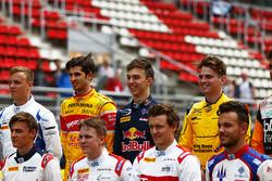 Antonio Giovinazzi, PREMA Racing; Pierre Gasly, PREMA Racing y Oliver Rowland, MP Motorsport clase de foto en la GP2 Series
