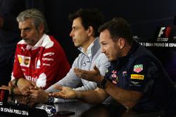Пресс-конференциия FIA: Маурицио Арривабене, руководитель Ferrari; Тото Вольф, руководитель Mercedes AMG F1; Кристиан Хорнер, руководитель Red Bull Racing
