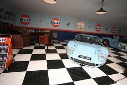 Gulf Oil garage