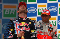 Podium : le vainqueur Mark Webber, Red Bull Racing
