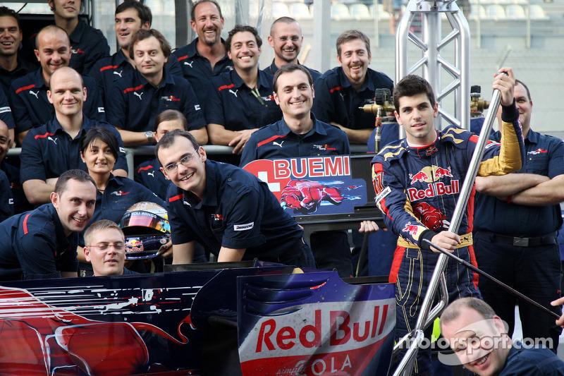 Scuderia Toro Rosso teamfoto, Jaime Alguersuari, Scuderia Toro Rosso