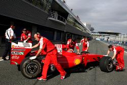 Daniel Zampieri, test ediyorfor Scuderia Ferrari
