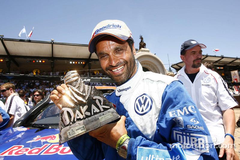 Auto's podium: tweede plaats Nasser Al Attiyah