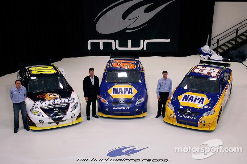 Les pilotes NASCAR Sprint Cup Series du Michael Waltrip Racing, David Reutimann, Michael Waltrip et