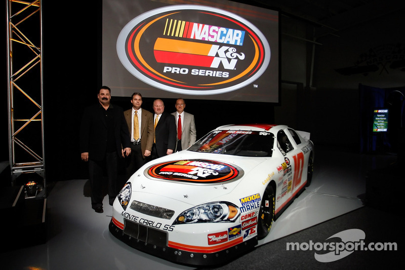 Steve Williams, Bob Duval, Richard Buck et George Silbermann du NASCAR