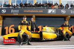 Robert Kubica, Renault-Teamchef Eric Boullier, Vitaly Petrov