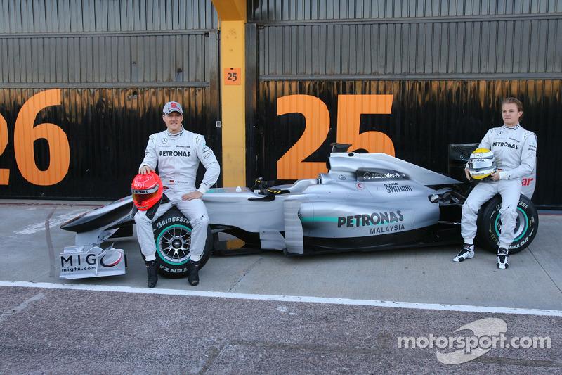 Michael Schumacher, Mercedes GP y Nico Rosberg, Mercedes GP