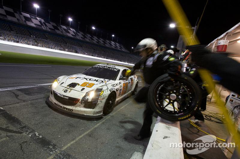 Pitstop #69 SpeedSource Mazda RX-8: Emil Assentato, Anthony Lazzaro, Nick Longhi, Jeff Segal